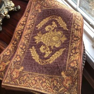 Set of 4 pineapple tapestry dining placemats